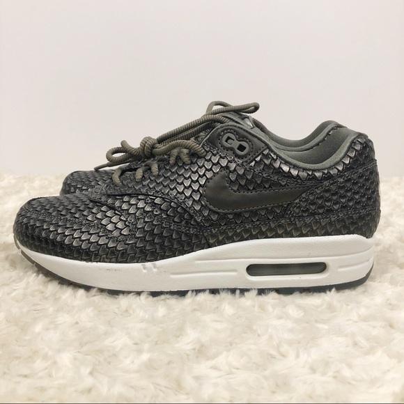 71dbad3f09 Nike Shoes | Womens Air Max 1 Prm Premium Reptile 75 8 | Poshmark